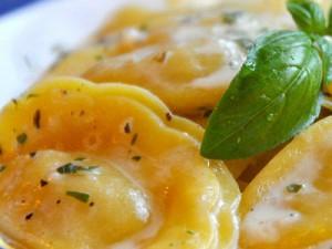 ravioli pasta with herbs