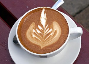 coffe decorated with a leaf