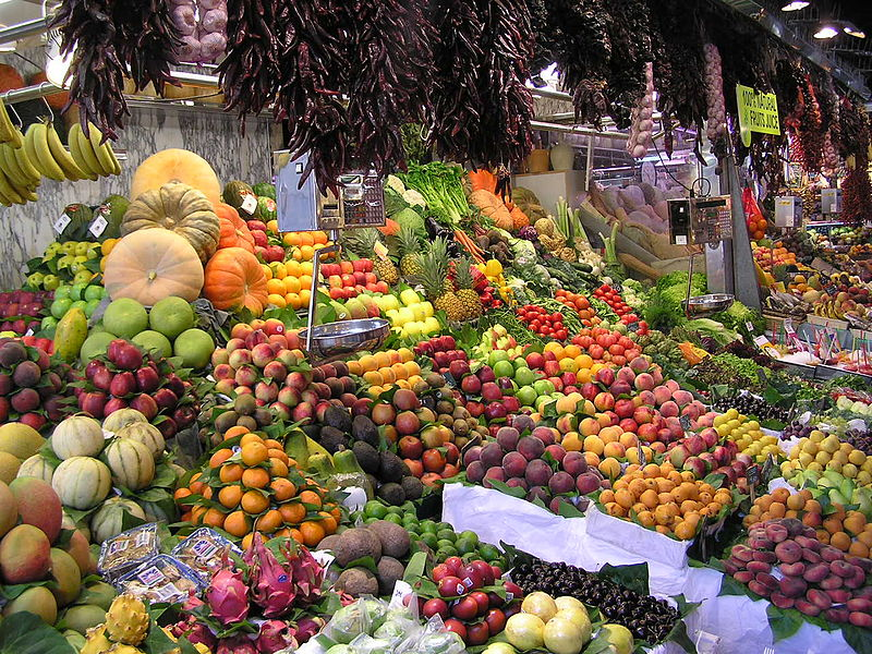 fruit stall in markets in Barcelona
