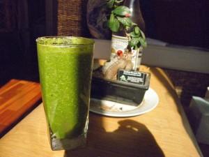 green smoothie with bonsai