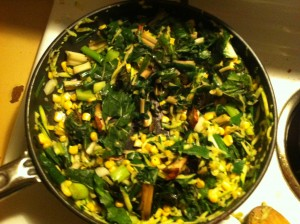 fry pan with corn, spinach, zucchini, mushrooms and shallots, lots of greens!