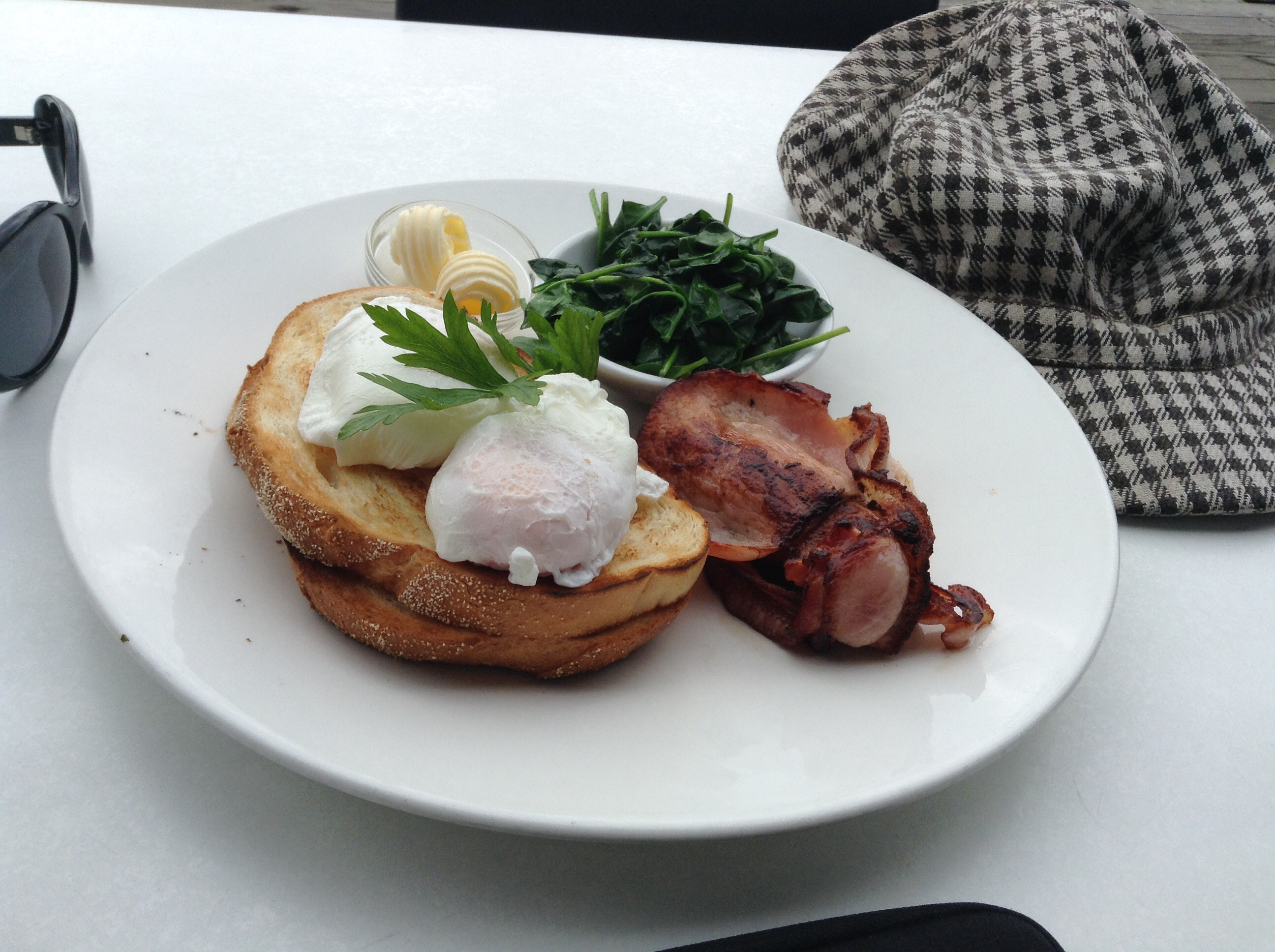 poached eggs, spinach and bacon