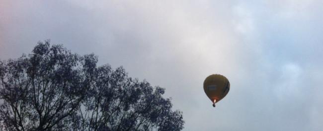 hot air ballooning early morning