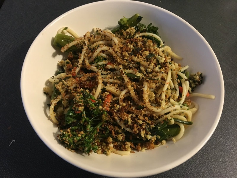 Broccolini and chilli pasta, vegetarian food, calorie controlled food