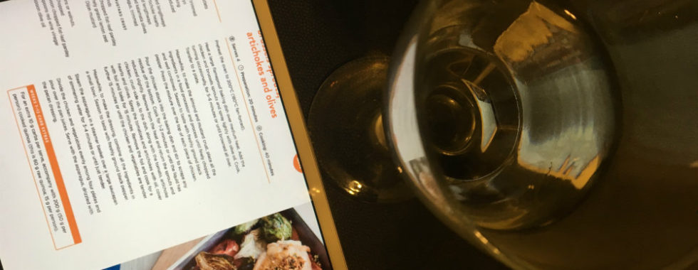 csiro low carb diet book and glass of white wine