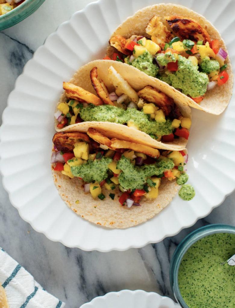 halloumi tacos with pineapple salsa - autumn edition